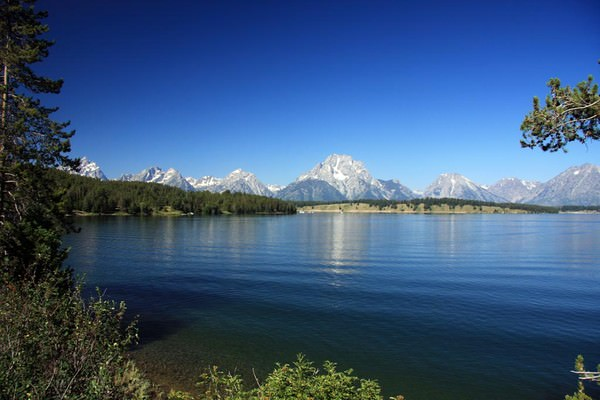 Grand-Teton-parc-national-de-Grand-Teton-lac-paysage-Wyoming-Etats-Unis.