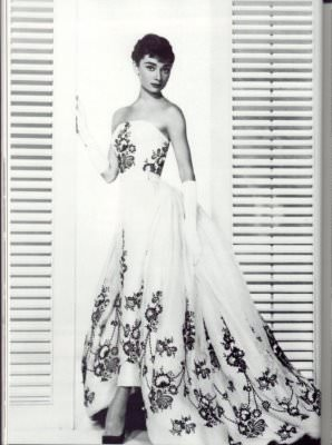 Givenchy-haute-couture-Audrey-Hepburn-pour-Sabrina--Paris-France-Europe.