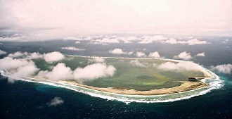 Clipperton-ile-de-Clipperton-atoll-camp-Bougainville-Ocean-Pacifique-France-Clipperton