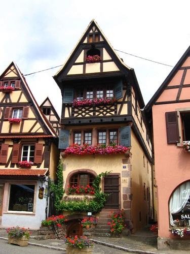 Maisons de france for Maison en bois alsace