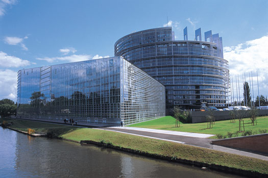 Strasbourg-Parlement-europeen-736-deputes-europeens-representant-375milions-d-electeurs-Strasbourg-67000-Bas-Rhin-Alsace-France-Europe.
